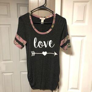 Tops - Maternity Short Sleeve Love Shirt